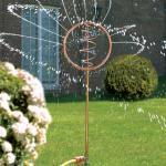 Blue Swirl Wasserspiel, Garten-Kunstobjekt und Bewässerung, 95 cm