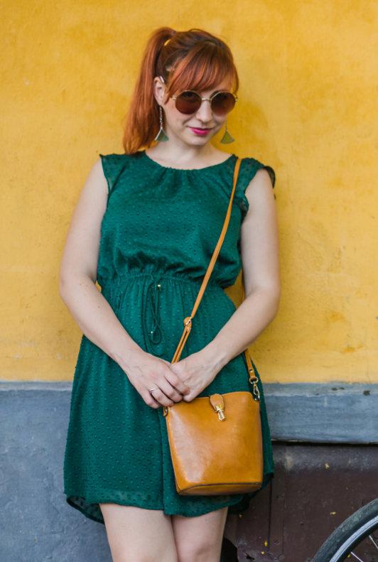 Grunes Kleid Kombinieren Das Passt Dazu Ladenzeile