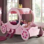 Kutschenbett für kleine Mädchen Kutsche