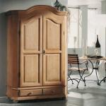 Landhaus Garderobenschrank aus Fichte Massivholz abschließbar