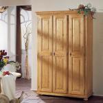 Schlafzimmerschrank aus Fichte Massivholz abschließbar