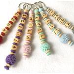 Schlüsselanhänger Mit Namen, Häkelperle, Holzbuchstaben, Wunschname, Individualisierbar, Personalisierbar