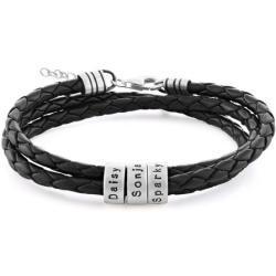 Schwarzes Lederarmband mit Gravur auf kleinen personalisierten Beads in Silber