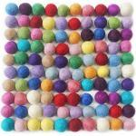 YXJD 100pcs Filzkugel 100% Wolle Ball 20mm Filzperlen Mehrfarbig zum Basteln Zimmer Party Hochzeit Deko